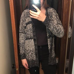 Abercrombie Black and White Patterned Cardigan
